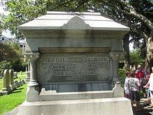 Calhoun's grave